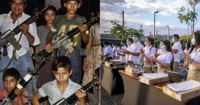 """""""De las armas a las computadoras"""", así se refieren los salvadoreños al FMLN vs el Gobierno de Bukele"""